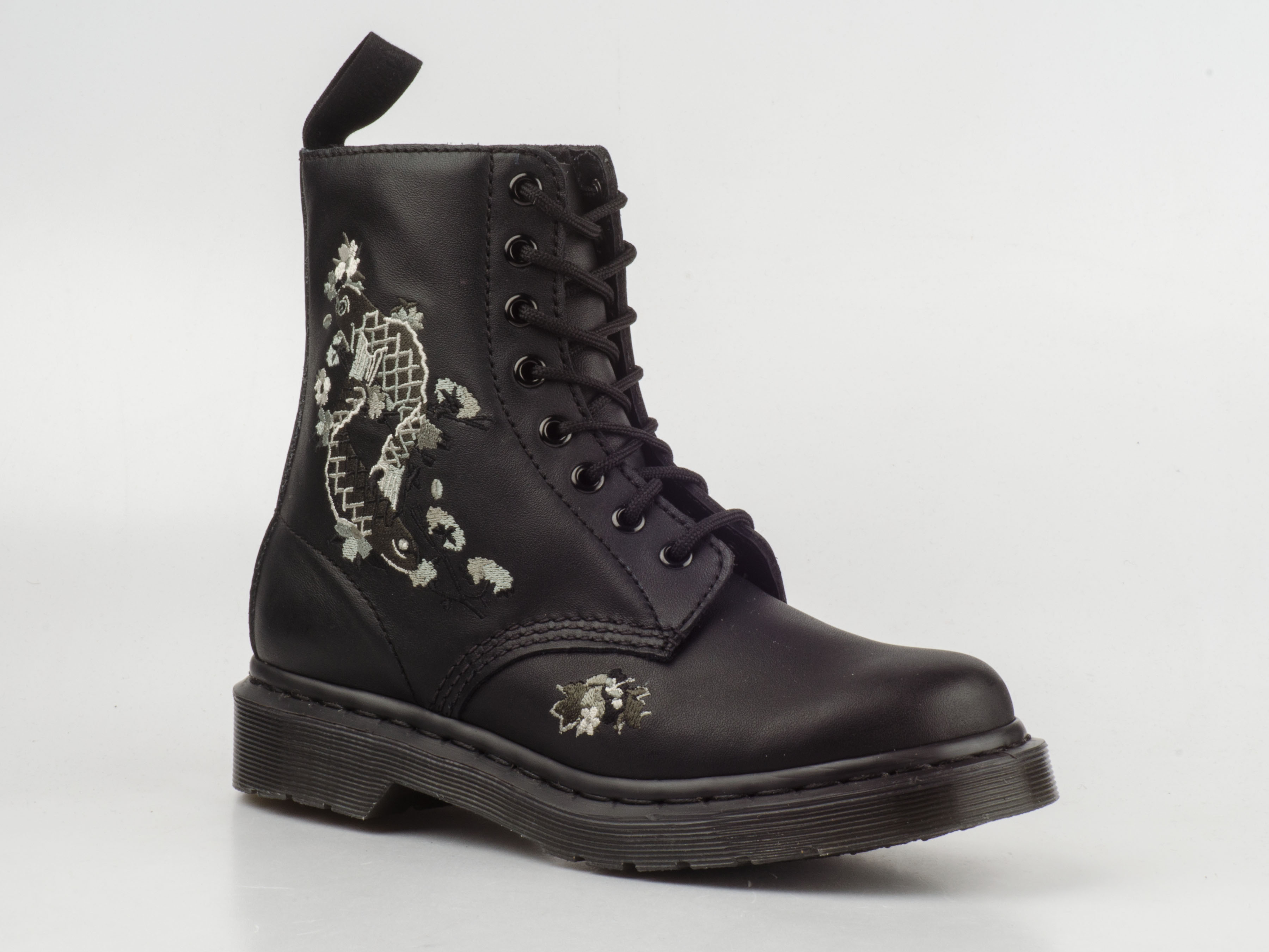 dr doc martens 16716001 amylee 8 loch stiefel 8eye boots. Black Bedroom Furniture Sets. Home Design Ideas